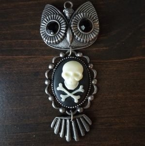 owl and skull necklace charm